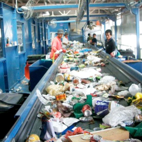 waste sorting station